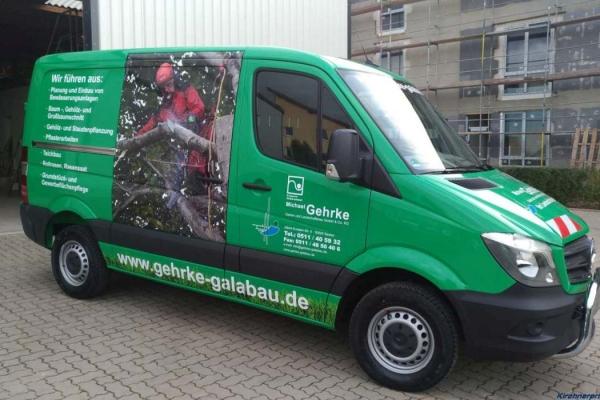 fahrzeugbeschriftung-gartenbau-gehrke-db-00-h7008F9D6094-6119-D49F-0A8C-C3071425A151.jpg