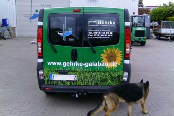 fahrzeugbeschriftung-gartenbau-gehrke-renault-04-h7002B690652-85A3-0788-BBCE-B43D0970001B.jpg