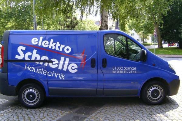 fahrzeugbeschriftung-elektro-schnelle-h85030C67320-8553-9F0F-C257-1DFE48AD4794.jpg