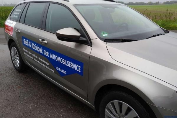 fahrzeugbeschriftung-taxi-sandelmann-02-h850D6426771-612F-46DC-AAD8-CB8CEC1A50A6.jpg